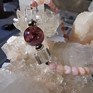 Bracelet opale rose - Cristal de roche et améthyste fantôme