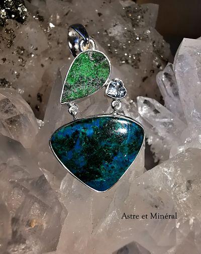 Chrysocolle - grenat vert et Topaze bleue pendentif argent