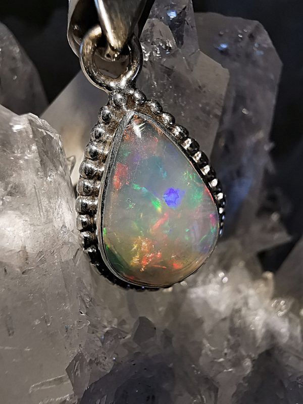 Opale Welo Ethiopie pendentif