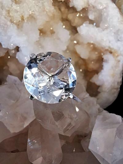 Cristal de roche bague