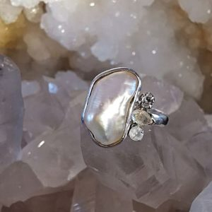 Perle d'eau douce et Cristal de roche bague