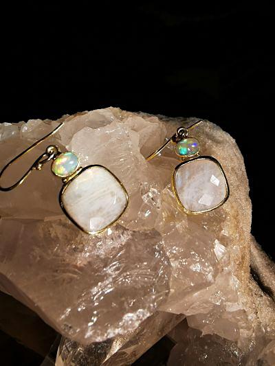 Péristérite et opale Welo boucles