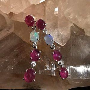 Rubis et opale Welo boucles pendentif